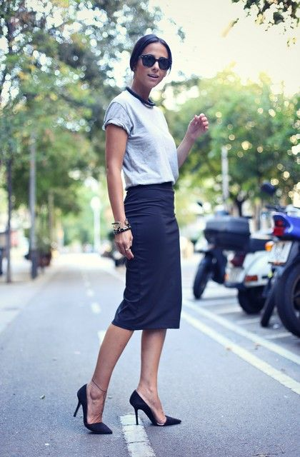 Pencil skirt and casual t-shirt. Perfect for a smart casual work outfit.