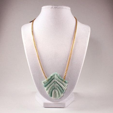 Vintage art deco-style crochet leaf necklace