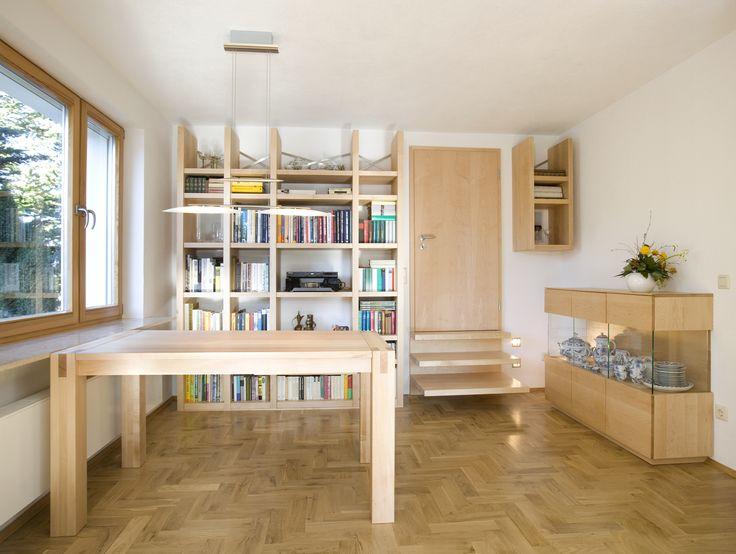 #Massivholztisch, optional mit integrierter #Klappeinlage, in verschiedenen Größen erhältlich bei buchenblau. © www.buchenblau.de