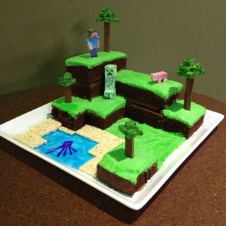 Minecraft World Cake :: Awesome!! Love the tutorial! Genius, lady :-) www.sweetcelebrations.us #sugardome #adragonstale xLaurieClarkex on Pinterest :-)