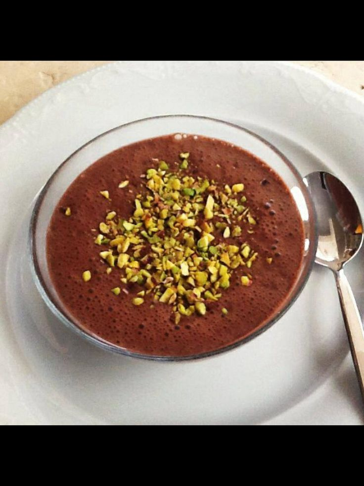 of chocolate and pistachio pudding