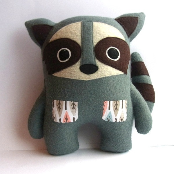Racoon Softie - would be cute to try and make