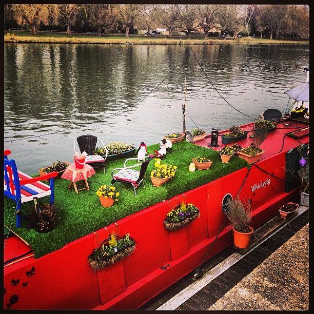 narrow boat living