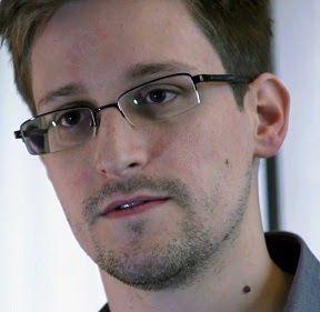 Snowden - Filme completo e verdadeiro (para quem ainda não viu) http://www.marciacarioni.info/2017/06/snowden-filme-completo.html