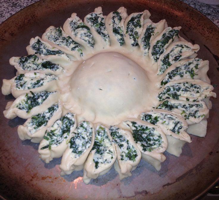Make this beautiful Girasole - Sunflower stuffed with Ricotta and Spinach! Here is the recipe