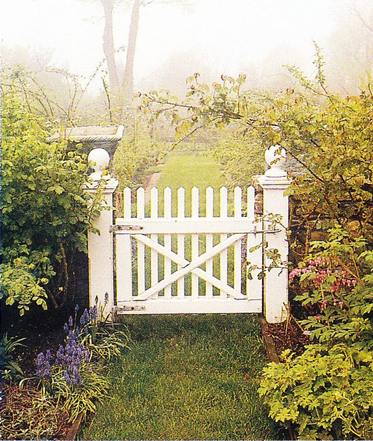 17 Best 1000 images about Beautiful Garden Gates on Pinterest Gardens