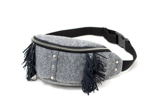 Gray waist bag / hip bag made of stiff felt. Leather tassels. Handmade by Anardeko