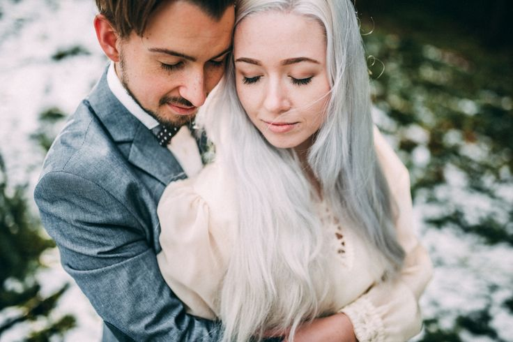 snowy-elopement-inspiration-romy-dermout-photography-60
