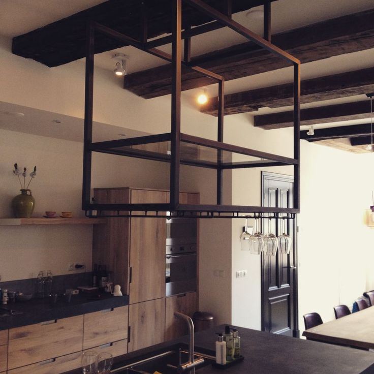 stalen glazenrek design cómodo interieur productie kesselaar special metals
