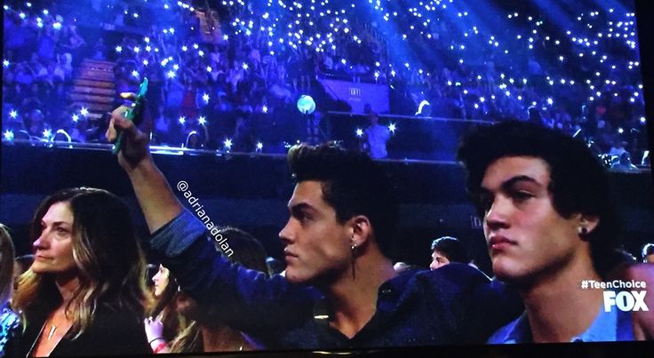 Grayson and Ethan at the teen choice awards 2016