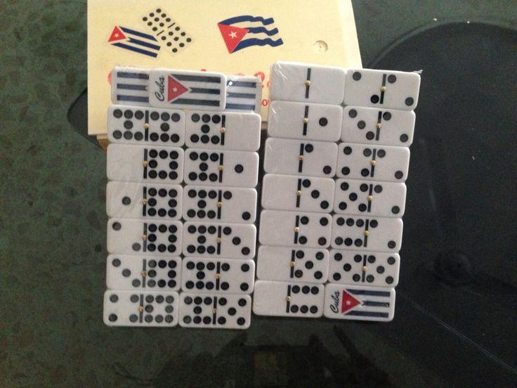 Juego de domino , hasta el doble nueve