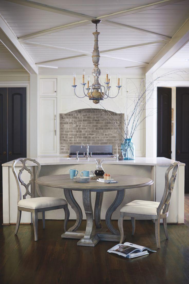 Living Room | Bernhardt
