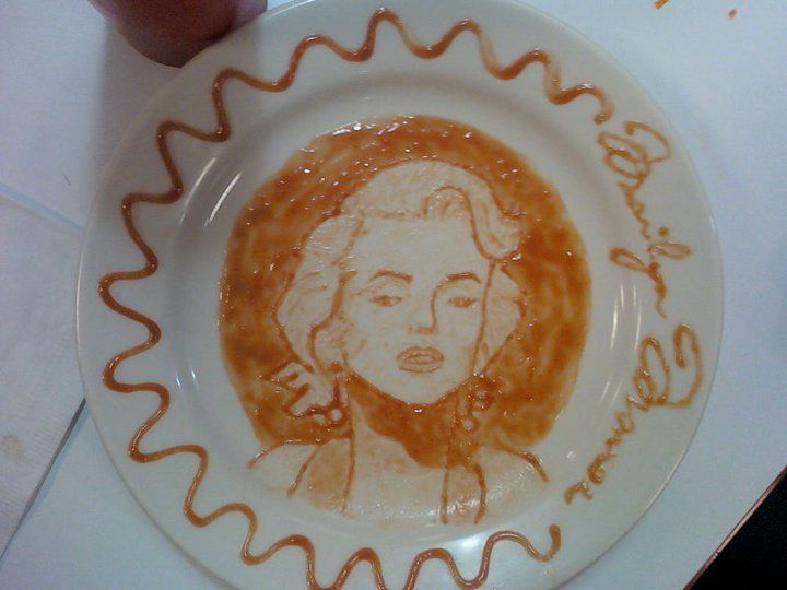 Think that condiments can't double as art? Check out these amazing ketchup art pieces. #3 looks so realistic!