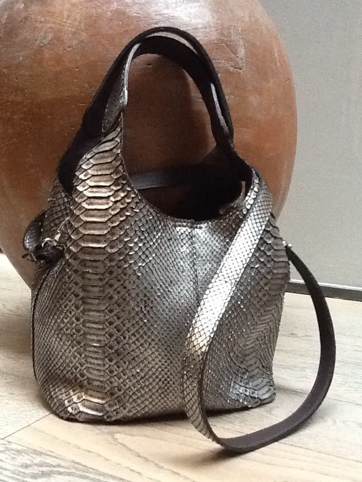 LILLY Metallic Silver