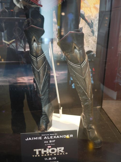Thor 2: The Dark World - Sif's armor - greaves