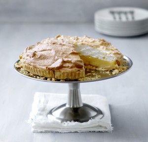 Wie wil dat nou niet: zelf citroen-meringuetaart maken! Met dit recept maak je zelf - stap-voor-stap - de lekkerste citroen-meringuetaart!