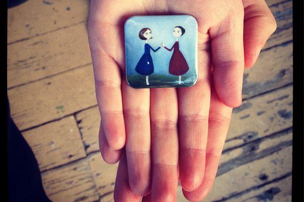 http://www.thefinderskeepers.com/blog/2012/05/featured-artist-elliot-my-dear/