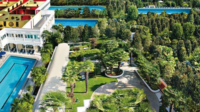 Hotel Terme Metropole en Italie dans les Monts Euganéens  http://www.spadreams.fr/pas-cher/italie/monts-euganeens/abano-terme/hotel-terme-metropole/  #fangotherapie #fango #SpaDreams #vacances #voyage #italie