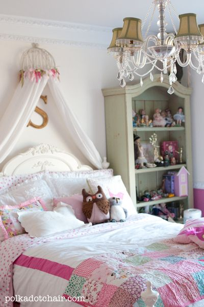 Bed canopy built from a upside down planter, ribbon and IKEA drapes. So easy!!! Via Polka Dot Chair