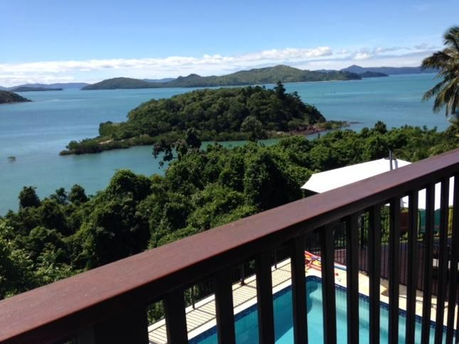 Villa Whitsunday, a Airlie Beach Villa   Stayz letter sent re discount for 14 nights ($5012)    Harcourts ($4620) ring Harcourts 0749487900
