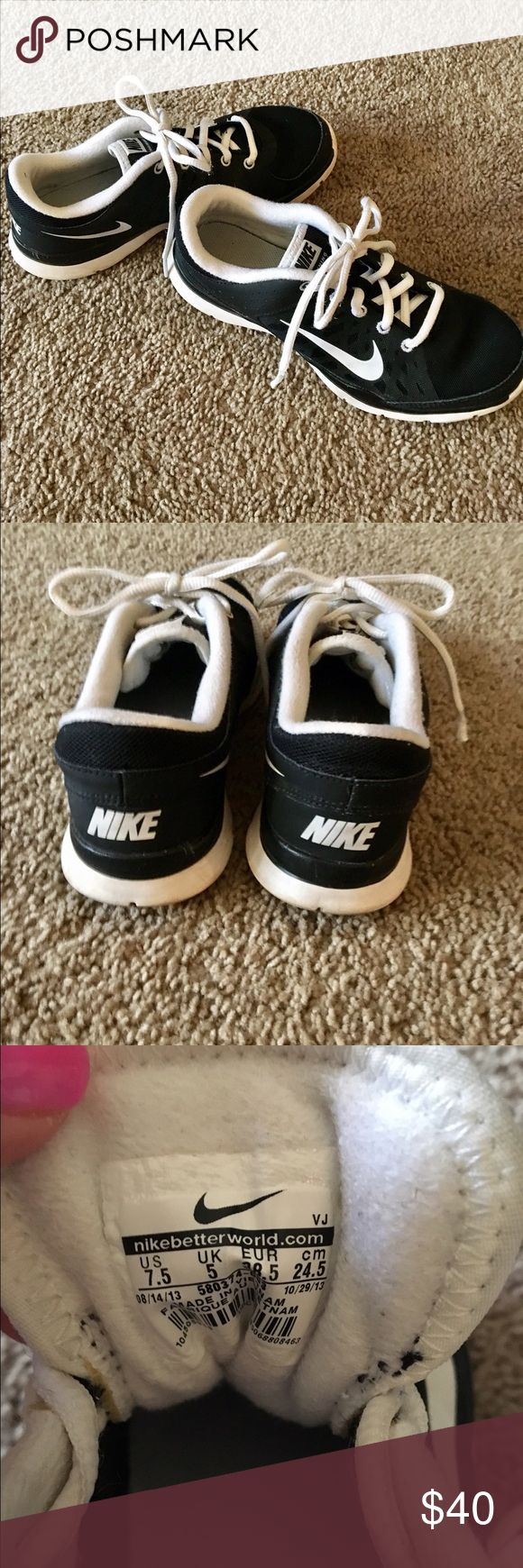Size 7.5 Nike Training Shoes Black and white Nike training shoes. Some light wear, but have been used around 10 times, tops. Nike Shoes Athletic Shoes