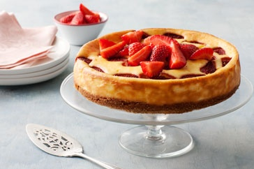 LOW GI Strawberries and cream cheesecake
