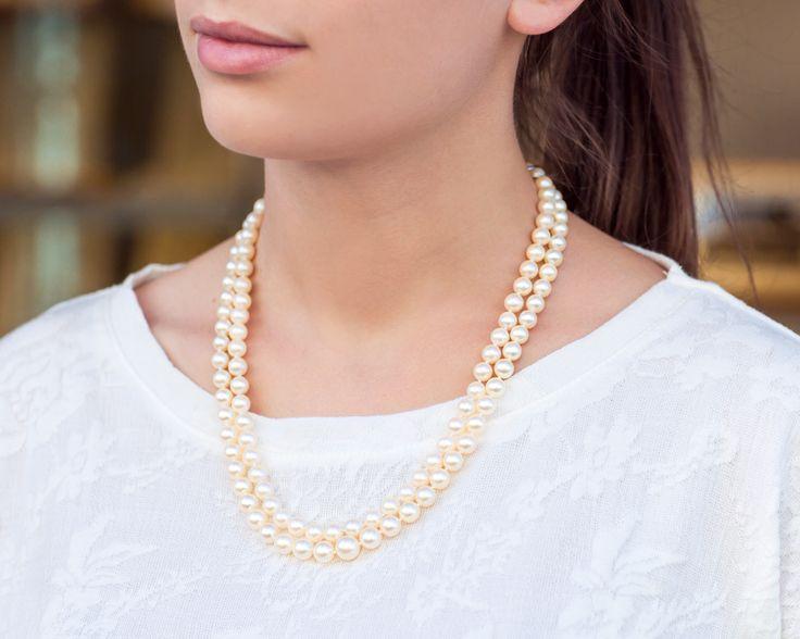 Przepiękny podwójny naszyjnik z kremowych pereł.  #wedding #ślub #ślubneinspiracje #naszyjnik #naszyjnikzpereł #perły #ecru