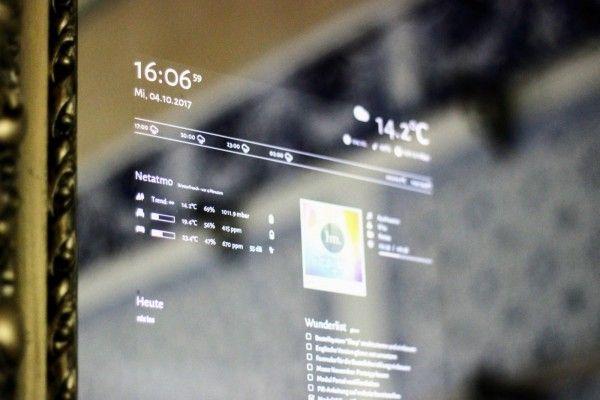 Mirror Os で自宅の鏡を簡単にスマートミラーに変える Social Design News 鏡 デジタル ブランディング