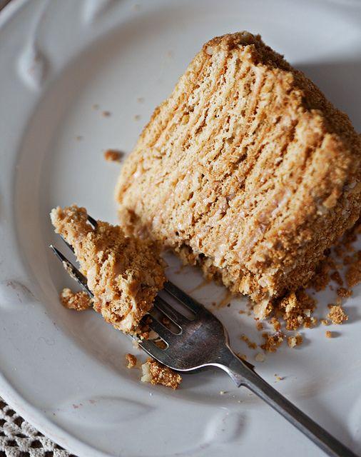 """Дорогие читатели, вы помните что продолжается """"медовый"""" конкурс?))) Мы очень ждем ваших рецептов! Оригинал взят у supernova_1980 в Медовый торт Я какое-то время…"""