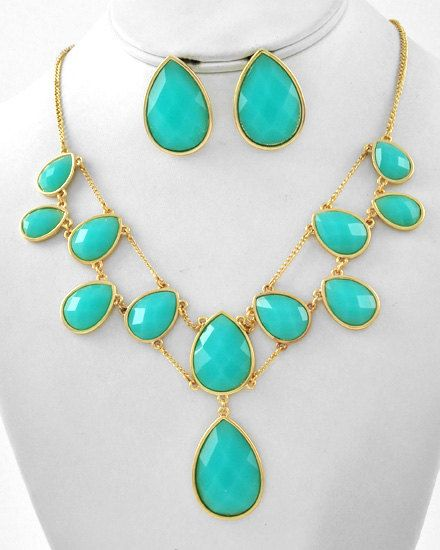 Turquoise Necklace and earrings set  - Statement Necklace