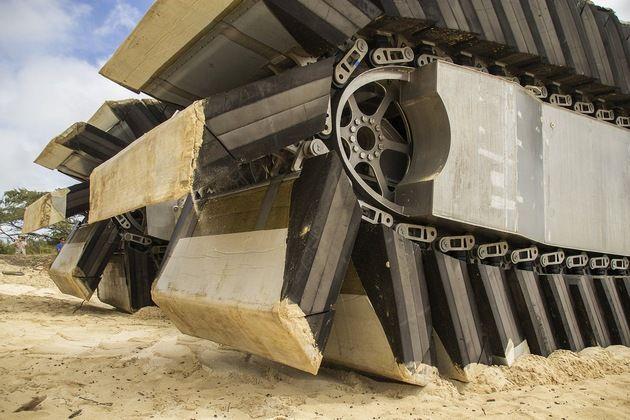 DivaDeaWeag | El Cuerpo de Marines de EE.UU. prueba un monstruoso vehículo de asalto anfibio.