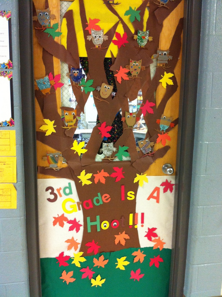 17 best images about decoratie school on pinterest for Autumn classroom door decoration ideas