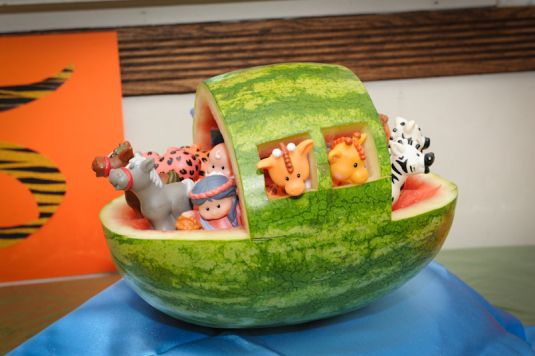 Noah's Ark Animal Birthday Cake Party
