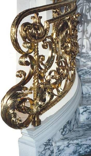 Кованые перила в стиле классицизм