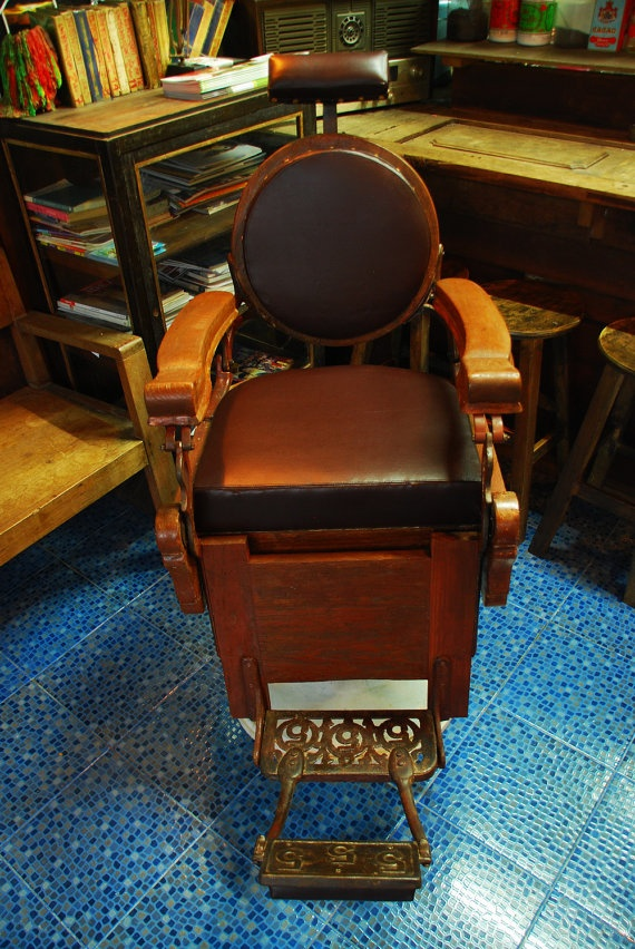 Man Cave Barber Yuma : Images about vintage barber chairs on pinterest