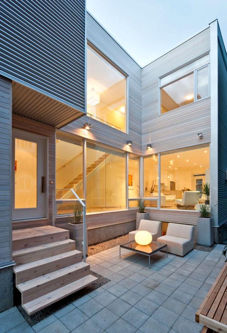 Der Kanadische Architekt Rick Shean Entwarf Und Baute Dieses Zweistöckige  Haus Mit Dem Schönen Namen Hintonburg Für Sich Und Seine Familie. Bestechend .