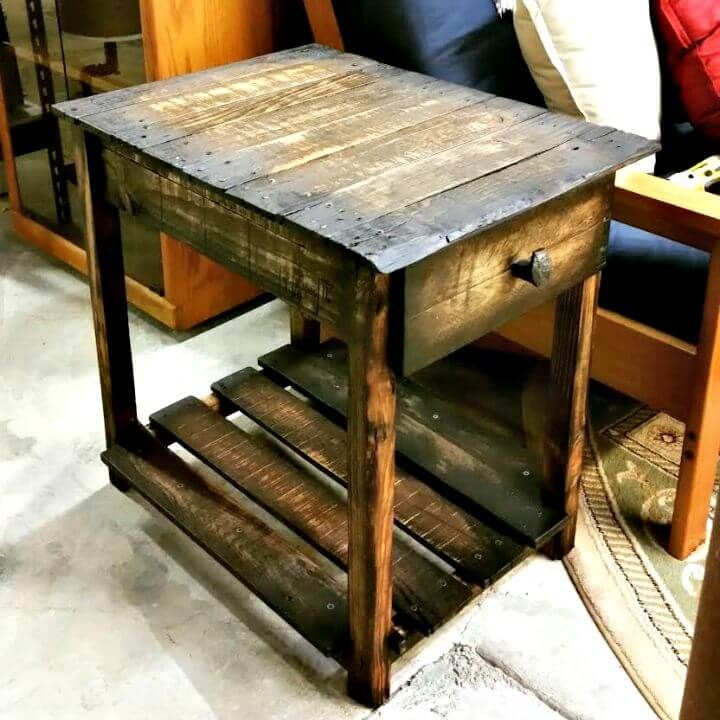 6 Pallet Side Table Ideas End Table Full Instructions Pallet End Tables Pallet Side Table Wood End Tables