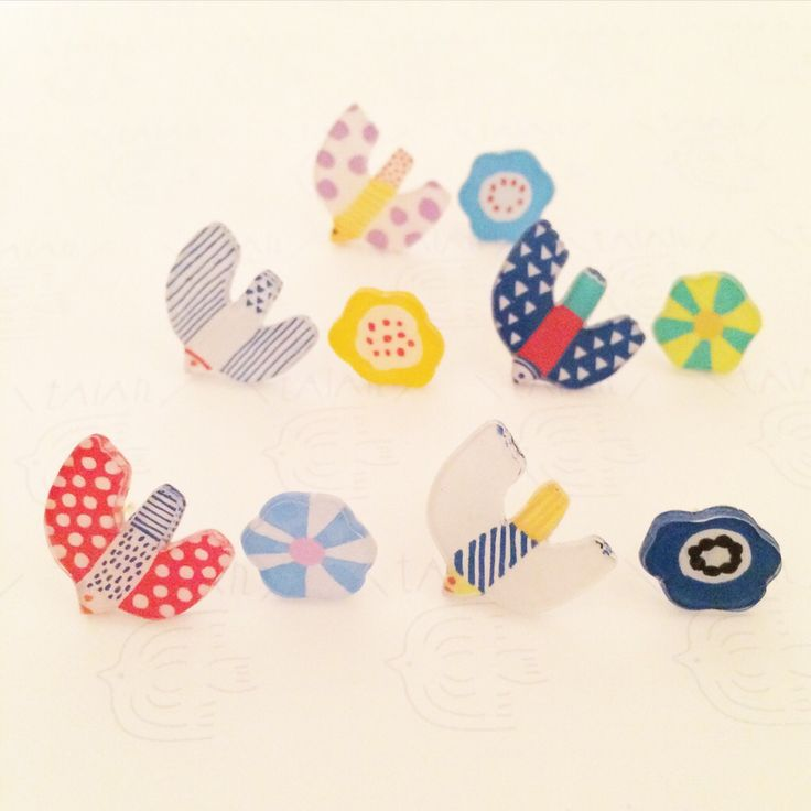 EMBELLISHMENT INSPIRATION - MAKE OUT OF PRINTED SCRAPBOOK PAPERS