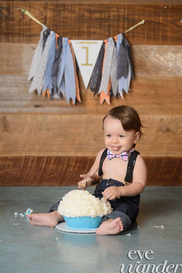 Baton Rouge Baby Photography, Eye Wander Photo, Cake Smash, One Year Birthday, Birthday Cake