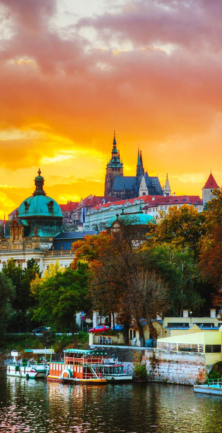 Amazing Sunset over Famous Prague Castle, Czech Republic