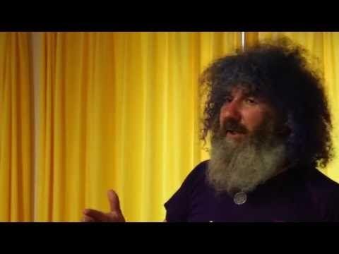 Robert Franz über Vitamin B12 - YouTube