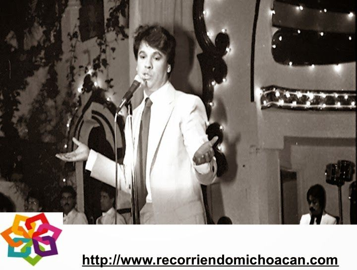 MICHOACÁN te cuenta que el primer disco de Juan Gabriel, artista de origen Michoacano, vendió más de un millón de copias en Inglaterra y en América fueron dos millones, su canción *No tengo dinero* se grabo en japonés y portugués, y en la voz de la cantante Bata Llic en alemán, en este disco se incluían 10 canciones de su autoría. HOTEL DELFIN PLAYA AZUL http://www.hoteldelfinplayaazul.com/portal