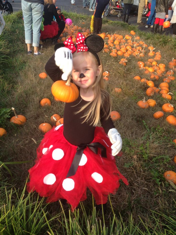 Homemade Minnie Mouse costume. My girl is such a cutie!