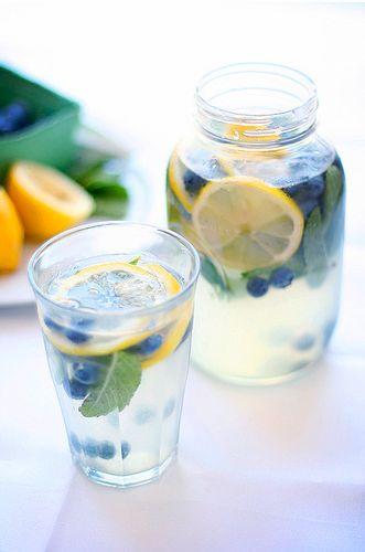 Blueberry mint lemonade.: Mint Lemonade, Mint Water, Summer Drinks, Blueberries Lemonade, Recipes, Flavored Water, Blueberries Mint, Lemon Water, Blueberry Lemonade
