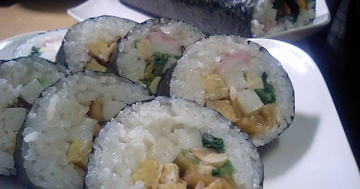 Great recipe for 'Eho Maki Rolls' with Seven Lucky Fillings. I wanted to make these after hearing about them from a Kansai-born friend.  You can rehydrate the shiitake and kanpyo in the refrigerator the night before. This makes a rich dashi broth. Recipe by chrysanthemum