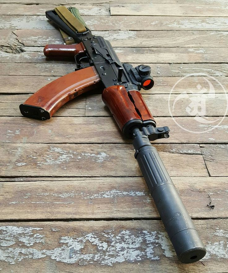 Krink Canned SBR in 762. Bakelite and Combloc with a modern touch. #gunsdaily…