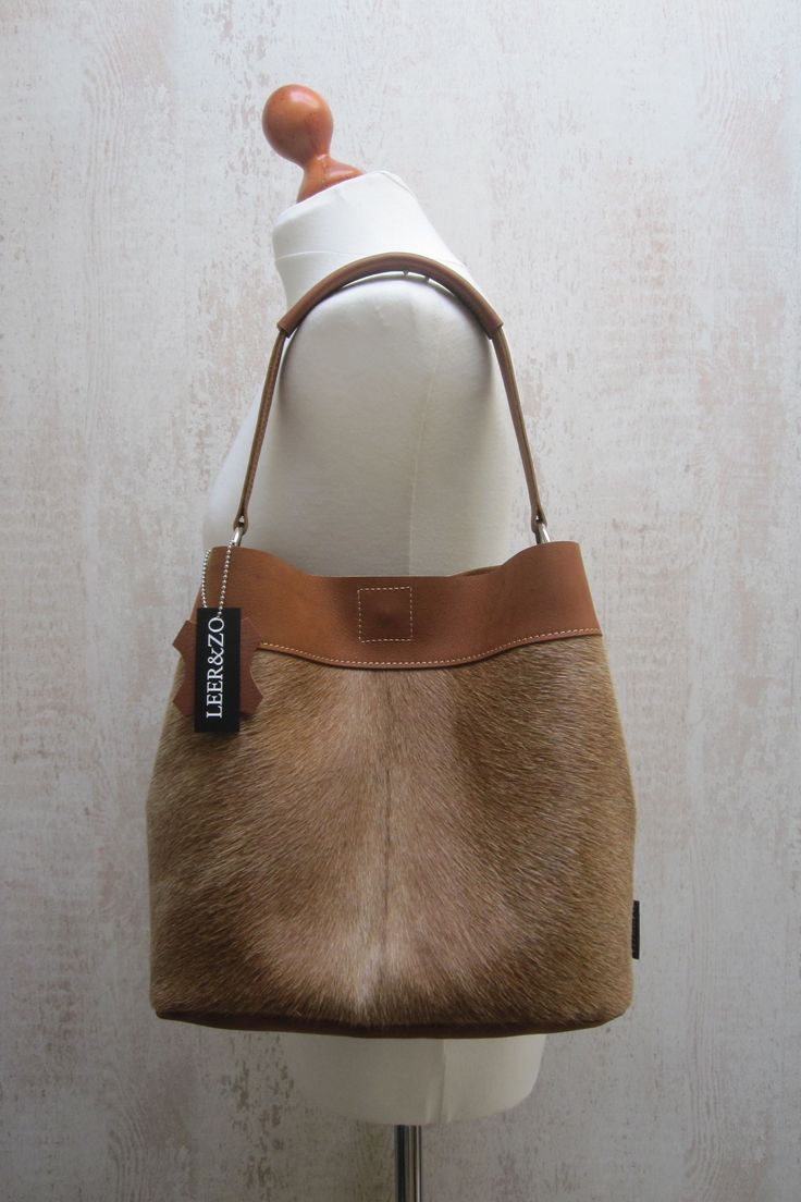 Leather cow bag cognac