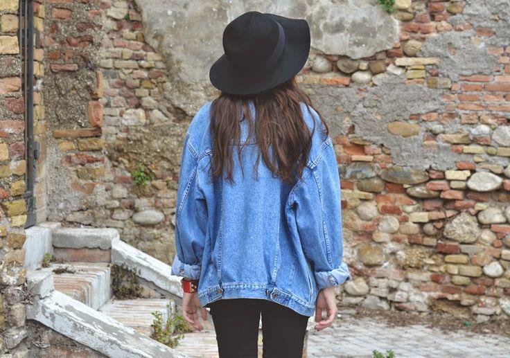 outfit vintage denim jacket