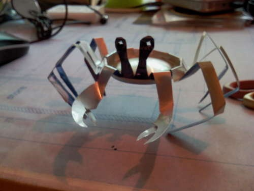 ok.  not a coffee can - pepsi can crab