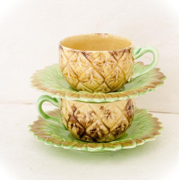 Vintage Japanese pinapple tea cups.